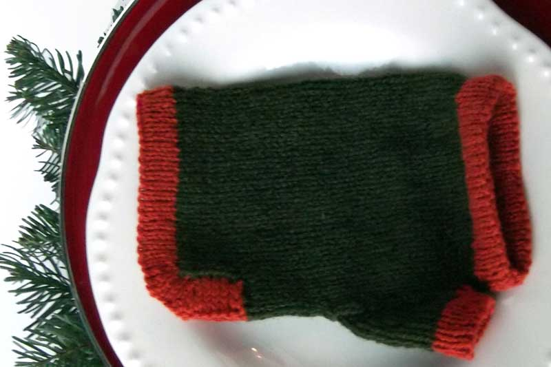 wrist warmer knitted pattern