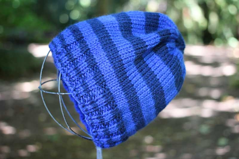 vegan knit hat in st st and rib