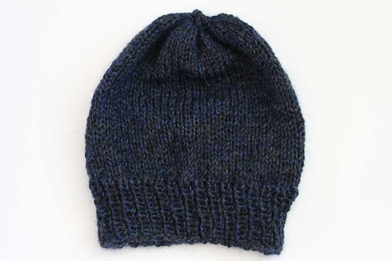 beanie with ribbing