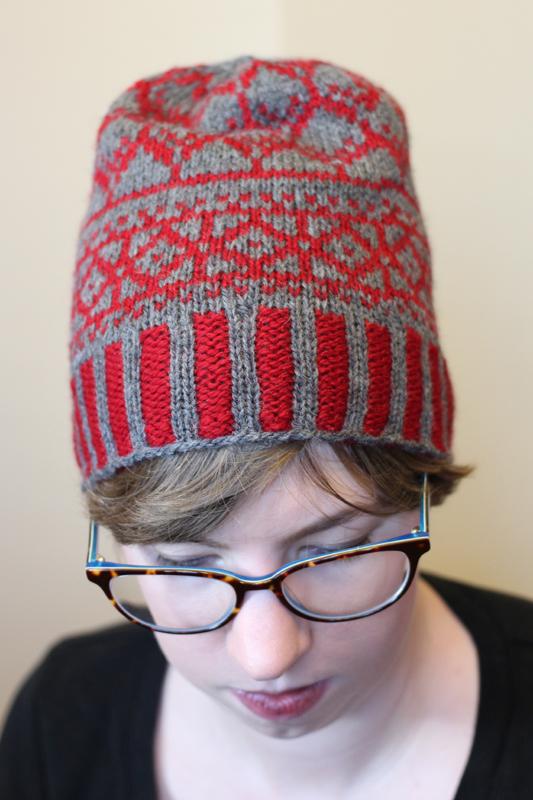 Stonebridge Hat Midnightsky Fibers Knitting Pattern - Colorwork hat in grey and red
